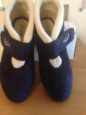 Ladies Navy Velcro Ankle Boot Slippers Size 7