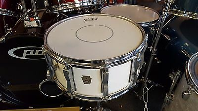 Ludwig USA 10 Lug 80's Classic Maple Snare Mid 80's White Wrap 14 x 6