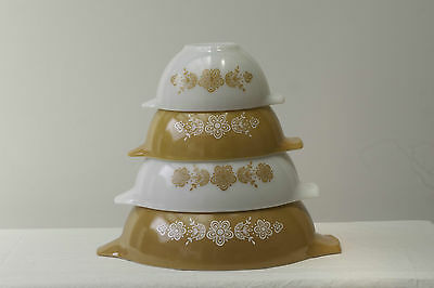 Set of 4 Retro Vintage Butterfly Gold Oranage Pyrex Cinderella Nesting Bowls