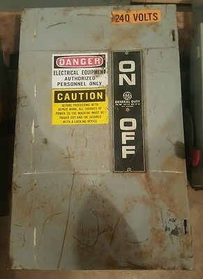 GE TG4324 200amp 240v 50 Hp disconnect safety switch