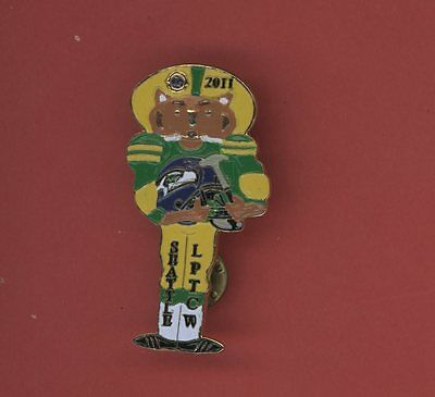 2011  Lions Pin Trader Club Of  Wisconsin Papers Fotball Lions Club Pin - Bag46