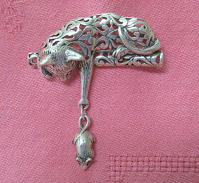 Vintage Jezlaine sterling silver cut pierced cat & mouse articulated pin/brooch