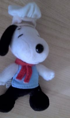 Snoopy chef plush toy collectible circa 2001 from McDonald's Happy Meal