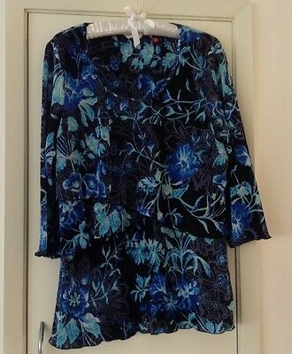 Woman's Top, 3/4 Sleeve, Tiered Front, Black,blue,Aqua - Size 16