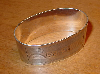 Lovely Heavy Oval Silver Antique Napkin Ring Hallmarked Birmingham 1921