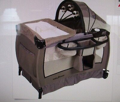 Baby Trend Deluxe Nursery Center Play Yard Hathaway Portable Playpen Infant Bed