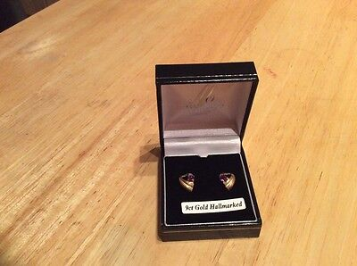 9ct gold earrings,new,box