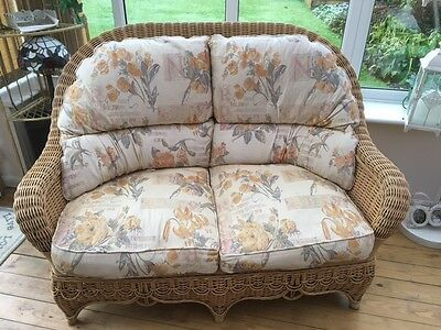 Rattan Wicker conservatory suite, very good condition