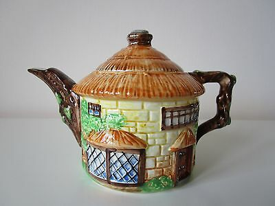 BEAUTIFUL VINTAGE LARGE BESWICK THATCHED COTTAGE WARE 240 ROUND TEAPOT, 1940's
