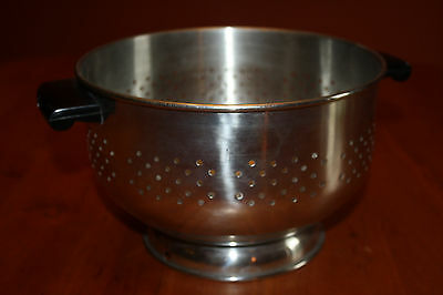 """Vintage 18-0 Stainless Steel 8.75"""" Strainer Colander with Handles Made in Korea"""