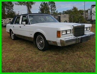 1989 Lincoln Town Car SIGNATURE NO RUST ONLY 74K MILES BUY IT NOW $3,950 1989 LINCOLN TOWN CAR SIGNATURE GUCCI EDITION ONLY 74K MILES CARRIAGE ROOF,CLEAN