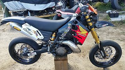 "1997 Honda CR  1997 Honda CR500 super moto 200 watt lighting 17"" wheels very nice build"