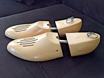Earl Natural Wooden Shoe Trees Size 8 Yugoslavia , Vintage