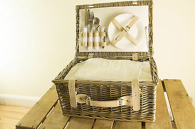 2 Person Fitted Picnic Basket - Traditional Picnic Hamper - Removable Cool Bag