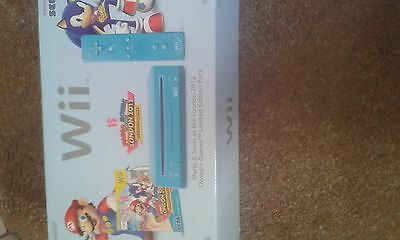 Brand new nintendo Wii with two games