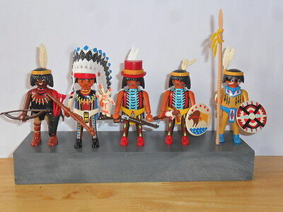 Playmobil - 1 Red Indian Chief And 4 Red Indian Braves With Accessories