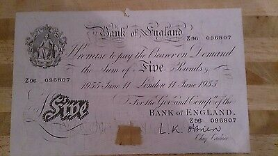 white £5 bank note dated 11/6/1955