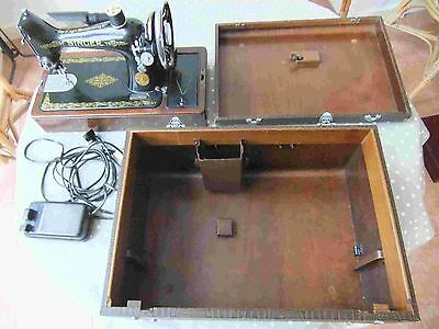 Vintage Electric Portable Singer Sewing machine