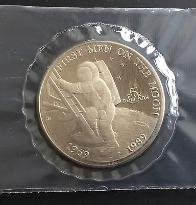 Marshall Islands First Men On The Moon 5 Dollar Coin 1989 Space Topical Token