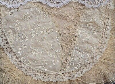 NORMANDY LACE Hankie Holder, SUPERB EMBROIDERY, Silk Inside w 2 Storage Options