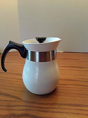 Centura By Corning White 6-Cup Beverages Maker Tea Pot With Lid