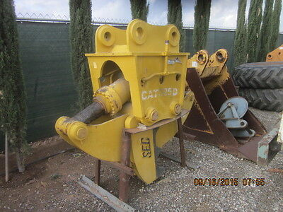 2011 SEC hydraulic concrete crusher, pulverizer, processor