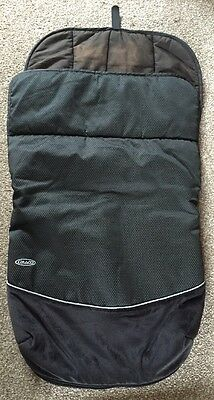 Grace Quattro Black Buggy Cover/cosy toes