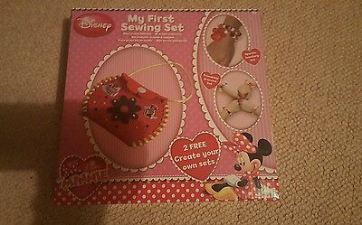 Minnie Mouse Childs Sewing Kit Brand New