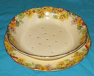 """Royal Doulton Strainer with Underplate - """"Nasturtium D6091"""" pattern"""