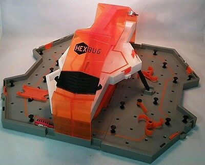 """Hexbug Hive Toy Playset & Track, Folds Up To Travel and Store folds out 16""""x18"""""""
