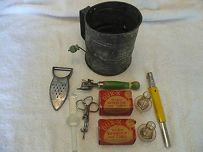 Vintage Kitchen Items - Lot of 8