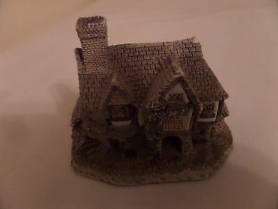 David Winter 'Hog's Head Beer House' cottage, hand made in 1985