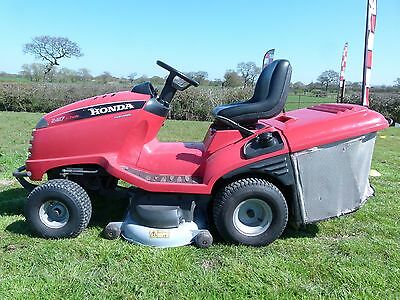 Honda 2417 Ride on Mower