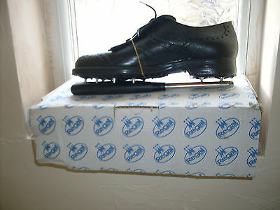 Regal Golf Shoes Waterproof sz 11 Mens, black with removable studs.