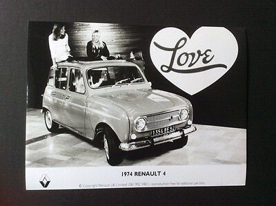 Renault 4 1974 'love' Original Black And White Press Photograph