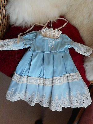 """Absolutely Beautiful Baby Blue Dress Lace Trim From Fine Arabian Materials 20""""d"""