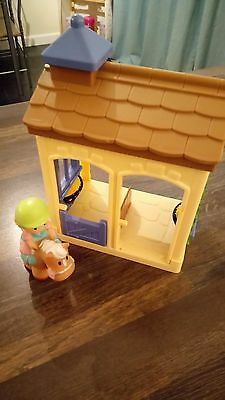 Elc Happyland Horse Stable And Figure