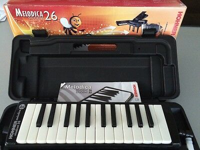 Hohner Student 26 Melodica Piano with Hard Case RRP £49.99