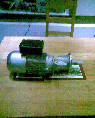 single phase electric motor 1.2Hp EB and gearbox Hopper feed ?