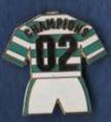 Celtic Champions 02 enamel kit badge