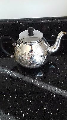 Stainless Tableware Towerbrite Teapot And Silver Milk Jug