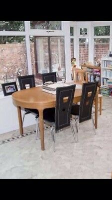 Large Wooden Extending Dining Table - seats 6 to 8.