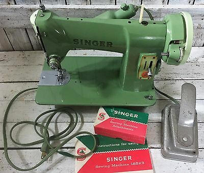 Singer HEAVY Duty 185K Sewing Machine Jadite Green w/ Manual & Attachments WORKS