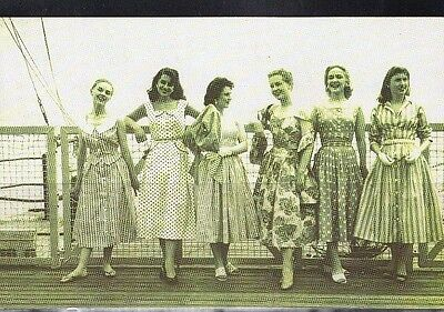 1956 Eastbourne 6 Beautiful Girls Nostalgic Postcard From Collection E9