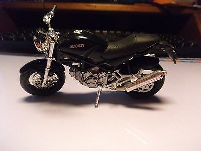 diecast model motorcycle Ducati in black from MAISTO