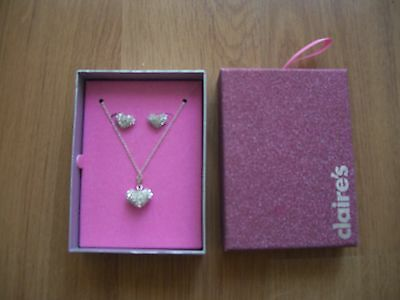 NEW Girls Heart Costume Jewellery Necklace and Earrings