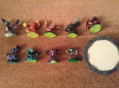 9 Skylanders Figures For Wii Plus Base