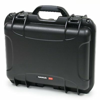 Nanuk 920 Hard Case with Padded Divider (Black)