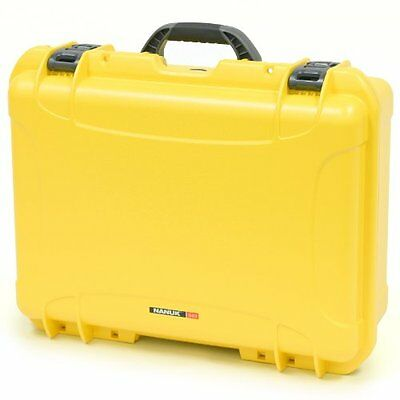 Nanuk 940 Hard Case with Padded Divider (Yellow)