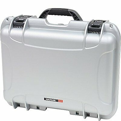 Nanuk 925 Hard Case with Padded Divider (Silver)